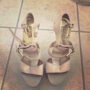 Michael Kors gold buckle high heel sandals 👡